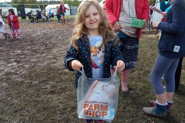 Litter pick at the Good Life Exp 5